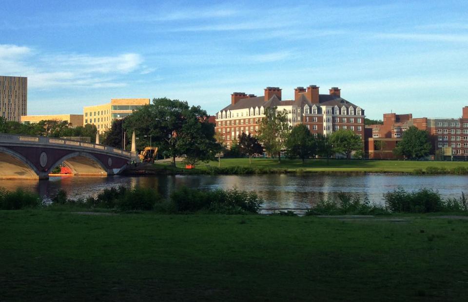 Harvard McArthur Hall bridge